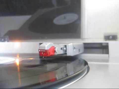 sony linear tracking turntable PS LX 510