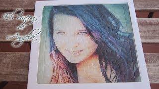 Transferencia de imagenes con cola blanca, sobre una superficie de carton