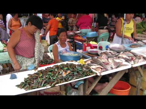 The market of Cabanatuan city 2006