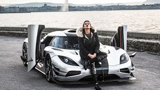 Download Video GIRL DRIVING KOENIGSEGG ONE:1 BRUTAL REVS and StartUp Sound ! MP3 3GP MP4