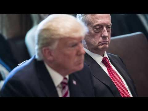 Trump bans transgender troops