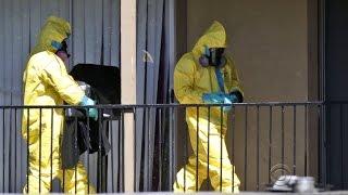 Hazmat crews cleaning apartment where Ebola victim stayed