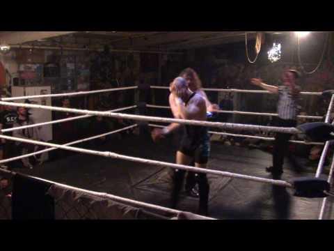 (Handicap Match) Stevie T vs Cut Throat