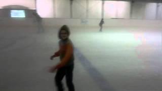 каток Новогиреево 17 июля 2011 года(Катание на ледовом катке, племянник впервые стал на коньки..., 2011-07-17T10:07:15.000Z)