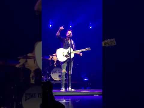 Thomas Rhett - Sixteen - San Diego, CA 9/24/17