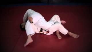 Bjj Knee Twist Half Guard - Technics Jiu-jitsu Honolulu Hawaii