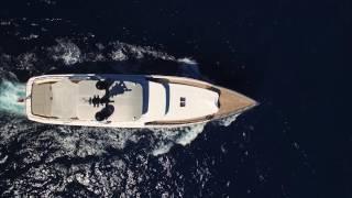 Super Yacht Tremenda