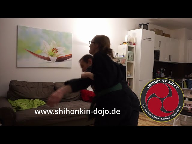 Frauenpower - Lockdown training at its best!