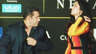 Salman Khan tells Katrina Kaif to cover her Cleavage | Video