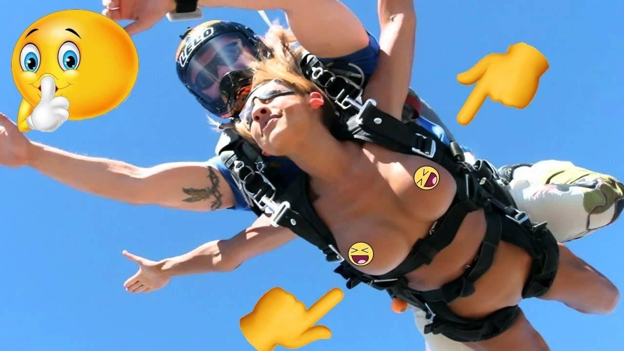 Skydive Nude Flash