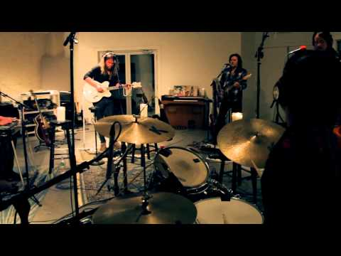 """Israel Nash - """"Through The Door"""" into """"Who In Time"""" (Live at Room 17 Studios)"""