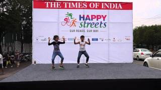 Aata majhi satakli song - Best performance by KIDS- DZe Dance Studios at Times of India Event