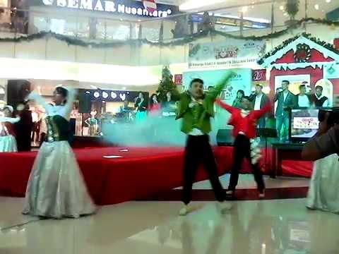 Keluarga Allah Worship di Hartono Mall