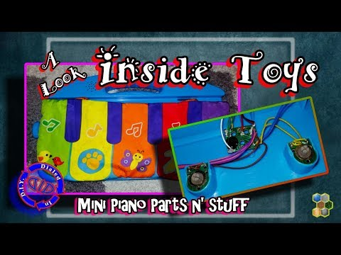 Inside a toy keyboard - basic parts - cool salvage