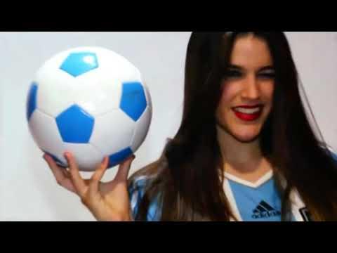 Las Barcelona Models apoyan a la albiceleste