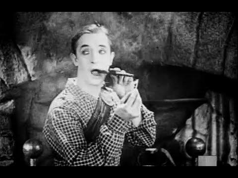Hal Roach & Stan Laurel: Short Kilts (1924)