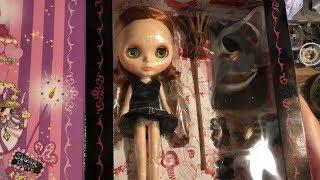 ブライス人形 マジカルワールドオブシュガシュガルーンプレゼンツショコラブライスの、 開封の様子を撮影したものです♪(2017/12/29) 不器用なため試行錯誤しています ...