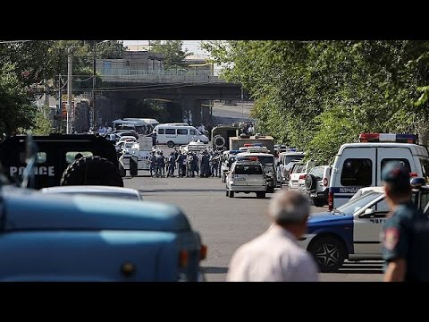 Armenia: Gunmen Storm Police Station In Yerevan