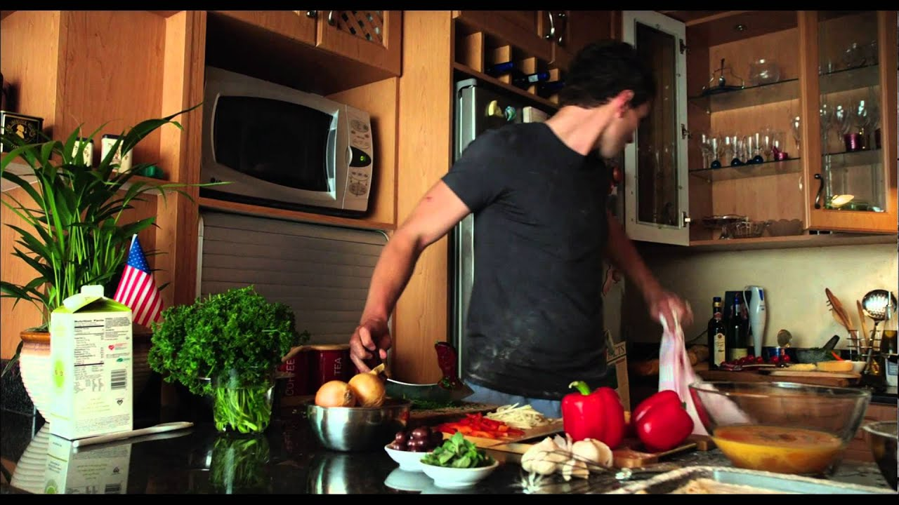 Chronicle Deleted Scene Matt and Casey in the kitchen