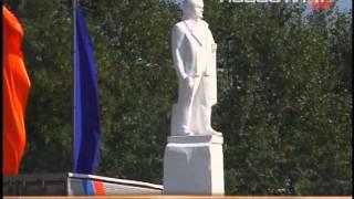 В Ирбит спустя почти 100 лет вернулась Екатерина II(Монумент мастера из Екатеринбурга восстановили по фотографиям и чертежам из архивов., 2013-08-23T15:52:04.000Z)