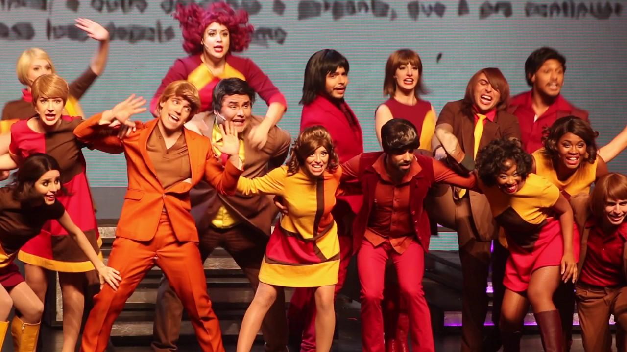 Bastidores do musical '60! Década de Arromba' - YouTube