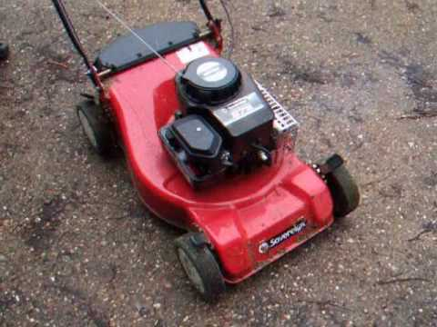 starting a sovereign lawnmower with two stroke oil in the fuel youtube rh youtube com champion 40 lawn mower instruction manual champion 40 lawn mower engine manual