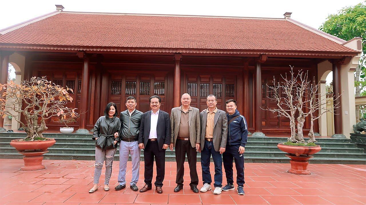 Thăm nhà Từ Đường của bác Dũng Tân Thái Nguyên, riêng cái cổng thôi đã có 1 0 2 ở VN rồi