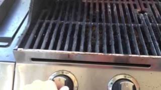 how to turn on ignite a gas grill