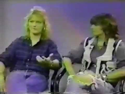 indigo girls: 1989-xx-xx interview cnn