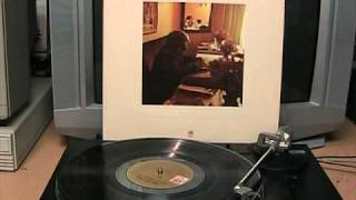 Paul Williams - An Old Fashioned Love Song