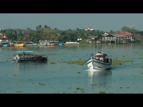 India - Kerala state - Cochin Pt.03 visiting an island in the backwaters