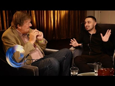 Bipolar: Adam Deacon & Stephen Fry on 'lifelong struggle'  BBC