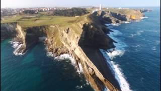 Volando sobre Cabo Mayor en Santander