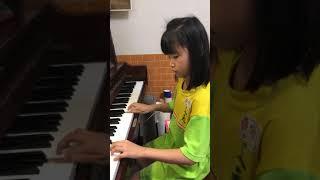 [姵雯] 拉摩 輪旋曲式小步舞曲 選自大鍵琴曲集...速度75四分音符 (2018-04-20小學二年級) thumbnail