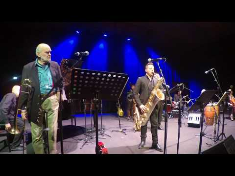 Funky Solo on Baritone Sax R1 Jazz Rampone & Cazzani recording with Zoom Q2n