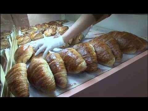 La guerre des baguettes à Rouillac - Reportage