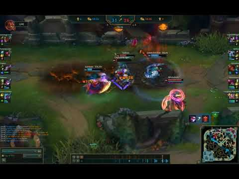 vayne player gets get dove by armoured bear and drunk samurai. you wont believe what happens next