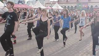 Flash mob dedicated to the memory of Michael Jackson in Ufa (Russia) 16.05.2010, Гостинка