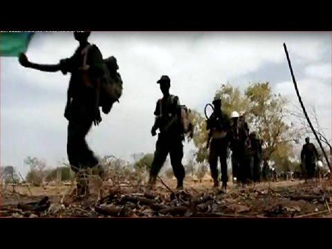 South Sudan violence raises fears of war