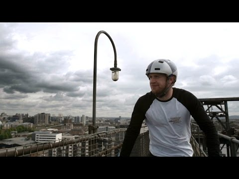 Danny MacAskill takes on Glasgow's iconic Finnieston Crane - BBC Sport