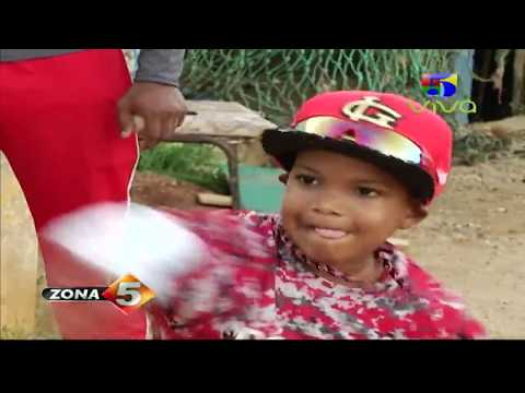Con apenas 4 años niño promete ser una gran leyenda en el Béisbol Zona 5