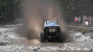 Экстремальные гонки по бездорожью - этап грязь