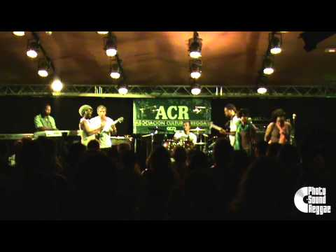Cocoa Tea & Step By Step Band - Espacio Rambleta - Valencia 11/06/2015