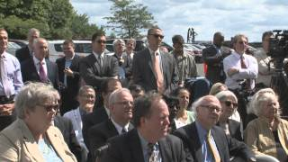Malloy Tops Off UConn Health's New Hospital Tower