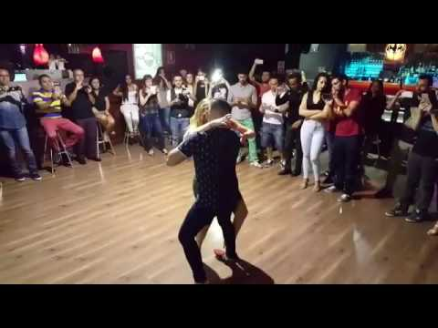 Vuelve - Vicky Corbacho feat Carlos Espinosa y Ma Ángeles