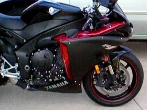 2009 yamaha R1 Raven - YouTube