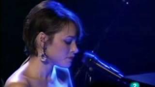 DECEMBER ~ NORAH JONES live at Ancienne Belgium 2010