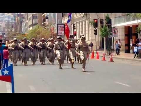 Himno de la primera division de ejercito de chile + desfile