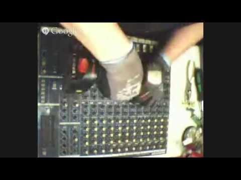 dj´s mixer what is inside