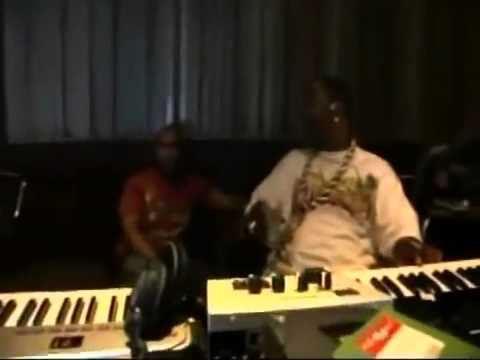 Timbaland & Busta Rhymes Making Beats in studio   2015 Producer Video